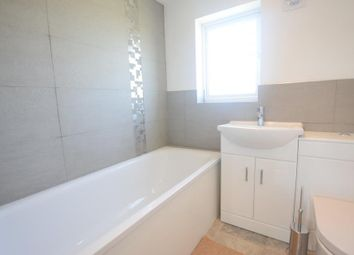 Thumbnail 3 bed flat to rent in Howberry Road, Thornton Heath