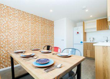 Room to rent in Battersea Park Road, Battersea, London SW11