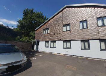 Olton Mere, Warwick Road, Solihull B92. 1 bed flat