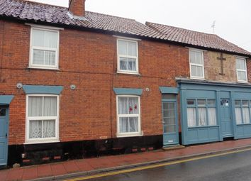 Thumbnail 2 bedroom town house to rent in Oak Street, Fakenham