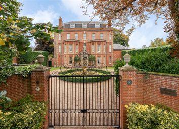 Dorking Road, Epsom KT18. 5 bed detached house for sale