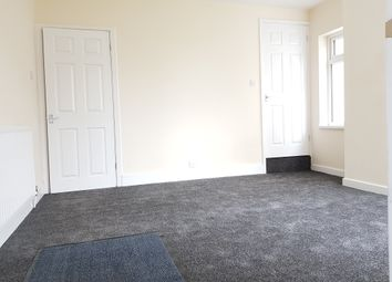 Thumbnail 4 bed flat to rent in High Street, Earl Shilton, Leicester