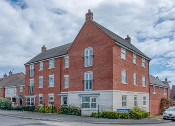 2 bed flat for sale in Evesham Road, Headless Cross, Redditch B97