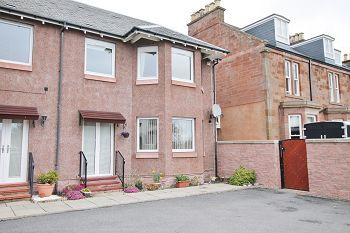 Thumbnail 2 bed flat to rent in Viewfield Road, Arbroath