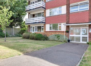 2 bed flat for sale in Templewood Court, Hadleigh SS7