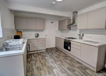 6 bed shared accommodation to rent in Clovelly Road, Southampton SO14