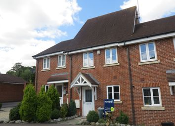 Thumbnail 3 bed town house to rent in Ducketts Mead, Shinfield, Reading