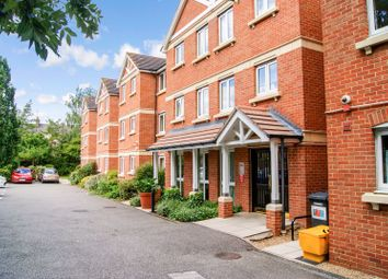 1 bed flat for sale in Heron Court, Ilford IG1