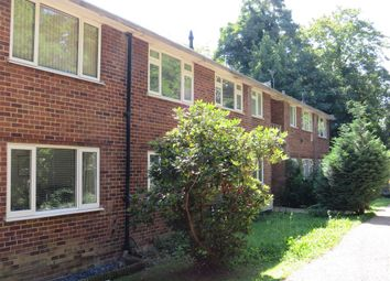 Thumbnail 2 bed flat to rent in The Dell, Horley