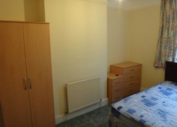 Thumbnail Room to rent in North Greenford, Middlesex