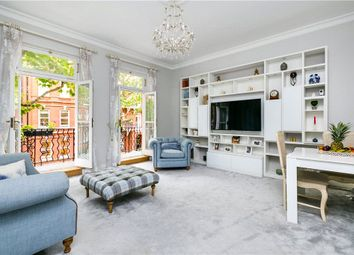 Earls Court Square, London SW5. 2 bed flat for sale