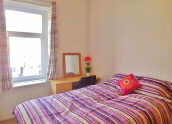 Thumbnail Room to rent in Windsor Rooms, Clifton Street, Roath, Cardiff