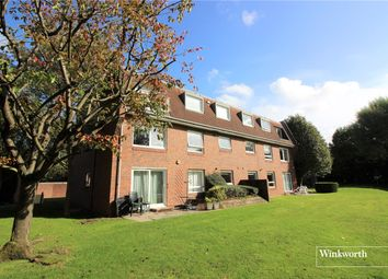 Thumbnail 2 bed flat to rent in Lakeside Court, Elstree, Hertfordshire