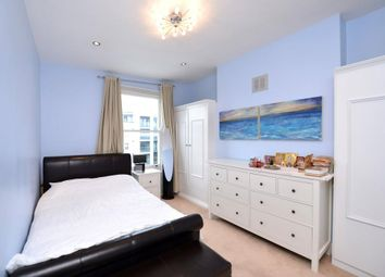 Thumbnail Room to rent in 49, London