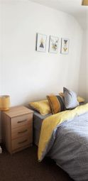 Thumbnail Room to rent in Colbert Drive, Leicester