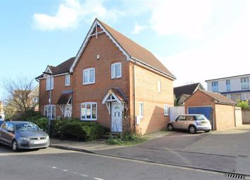 3 bed property for sale in Heathfield Park Drive, Chadwell Heath, Essex RM6