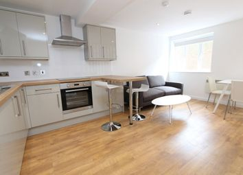 Thumbnail Studio to rent in Cheapside, High Road, London