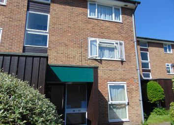 Thumbnail 2 bed flat for sale in Middlefields, Croydon