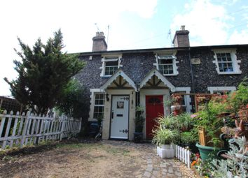 Thumbnail 2 bed cottage to rent in Burford Street, Hoddesdon