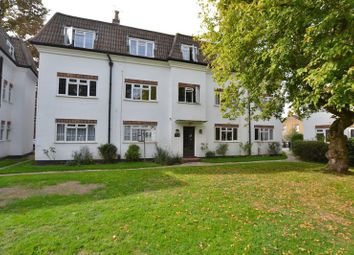 Thumbnail 2 bed flat to rent in Dainton Close, Bromley