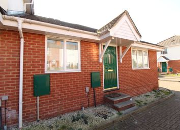 Thumbnail 2 bedroom maisonette for sale in Mason Court, Stanley Grove, Reading