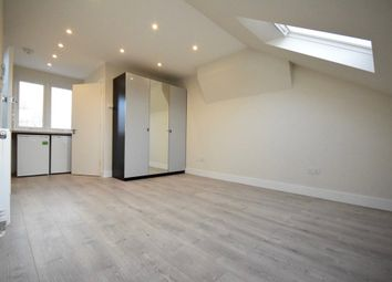 Thumbnail Studio to rent in Second Avenue, Hendon, London