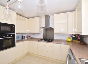 2 bed maisonette for sale in Crawley Road, Horsham, West Sussex RH12