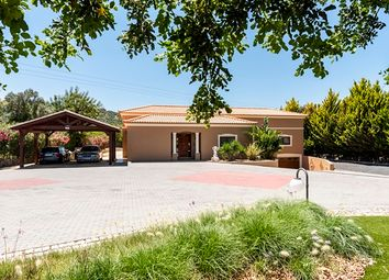 Thumbnail 4 bed villa for sale in Portugal, Algarve, Loule