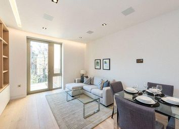 Chatsworth House, One Tower Bridge, Duchess Walk, London SE1. 1 bed flat for sale