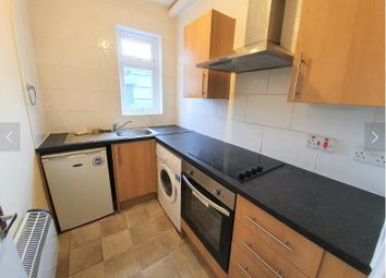 Thumbnail 1 bed flat to rent in Roundhay Road, Roundhay, Leeds