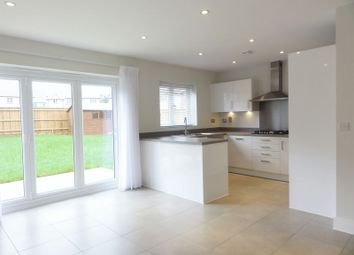 Thumbnail 4 bed detached house to rent in Oak Road, Billingshurst