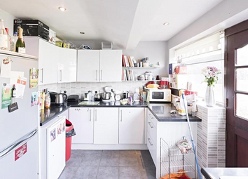 Thumbnail 5 bed terraced house to rent in Springvale Avenue, Brentford