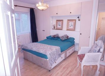Thumbnail 4 bedroom shared accommodation to rent in Shooters Hill Road, London