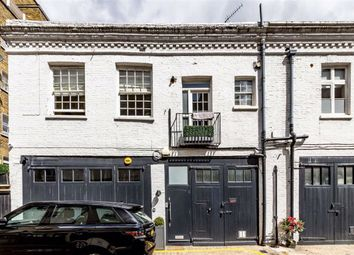 3 bed property to rent in Queen's Gate Place Mews, London SW7