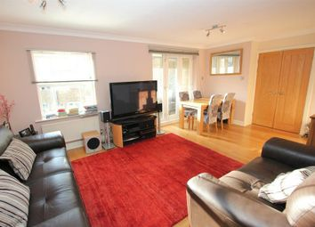 Thumbnail 3 bedroom flat to rent in Buckle Street, London