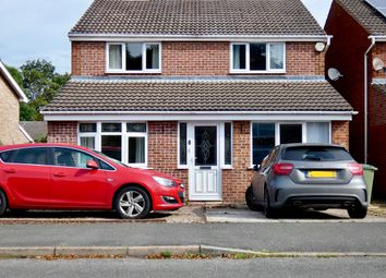 Thumbnail 4 bed detached house for sale in Hillside Drive, Walton, Chesterfield