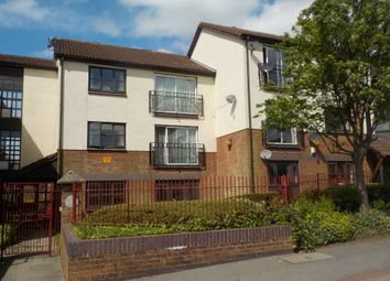2 bed flat for sale in Branwell Avenue, Birstall, Batley WF17