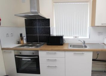 2 bed flat to rent in Humberstone Gate, Leicester LE1