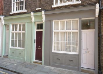 Thumbnail 2 bed flat to rent in Middle Street, West Smithfield, London