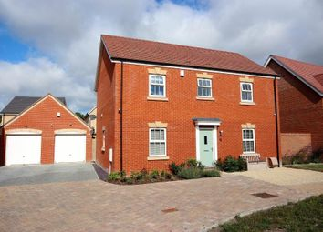 Thumbnail 4 bed detached house to rent in Badgers Drive, Wantage