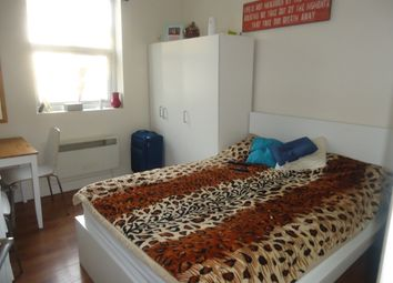Thumbnail 1 bed flat to rent in Denmark Hill, Camberwell