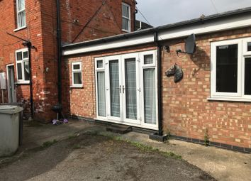 Thumbnail 1 bed flat to rent in High Street, Spilsby
