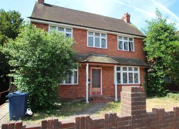 Thumbnail 4 bed flat to rent in Wst Wycombe, High Wycombe