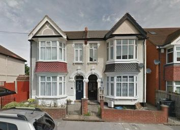Thumbnail 3 bed flat to rent in A Alton Road, Croydon, London