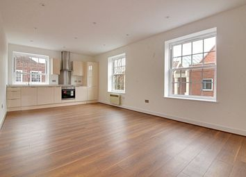 Thumbnail 2 bedroom flat to rent in Stonehills House, Welwyn Garden City, Hertfordshire