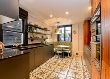 3 bed maisonette to rent in Dawes Road, Fulham Broadway, London SW6