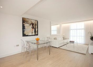 1 bed flat to rent in Warwick Building, Chelsea Bridge Wharf, London SW8