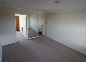 Thumbnail 1 bed flat to rent in Fitzilian Avenue, Romford