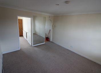 Thumbnail 1 bedroom flat to rent in Fitzilian Avenue, Romford