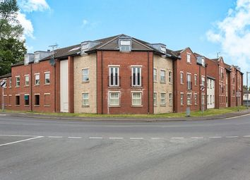2 bed flat to rent in Ashdown Court, Knottingley WF11